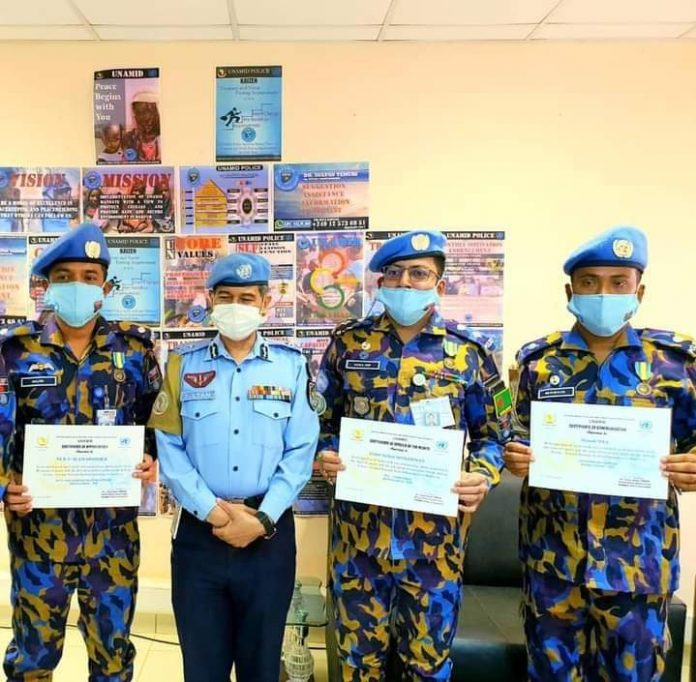 UNAMID শান্তিরক্ষা মিশনে বাংলাদেশ পুলিশের ৩ সদস্যের বিশেষ সনদ প্রাপ্তি
