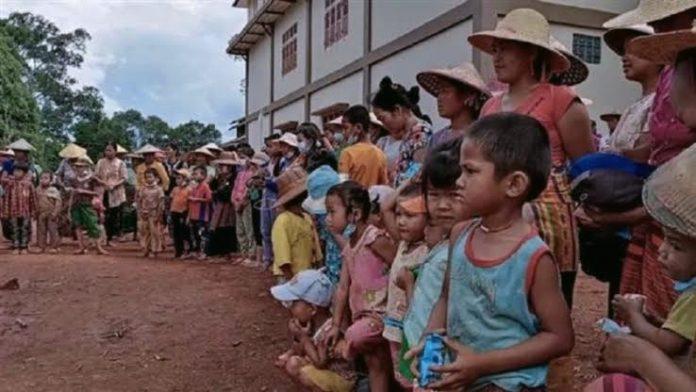 মিয়ানমারে সহিংসতায় ২ লাখ ৩০ হাজার উদ্বাস্তু : জাতিসংঘ