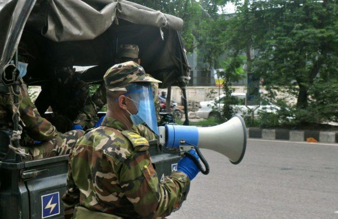মুভমেন্ট পাস থাকছে না, মাঠে থাকবে সেনাবাহিনী