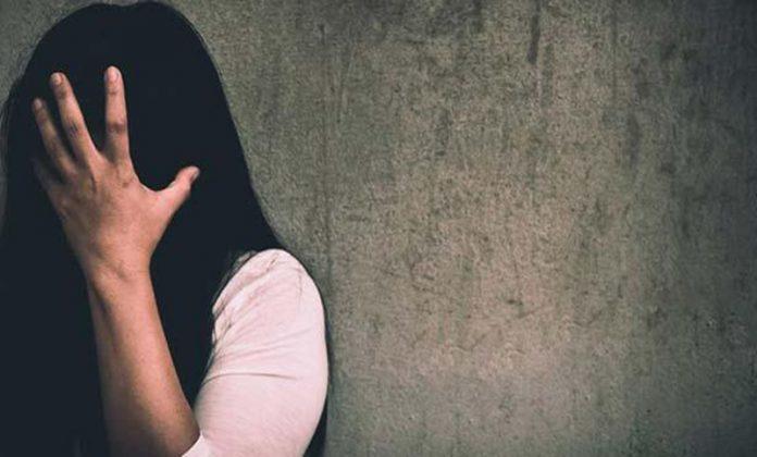 হাতিবান্ধার ভেলাগুড়িতে চেয়ারম্যান পদপ্রার্থীর বিরুদ্ধে ধর্ষণের চেষ্টার অভিযোগ
